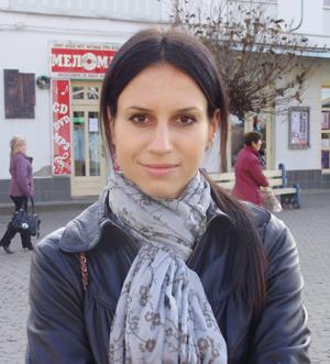 Олена Якубовська